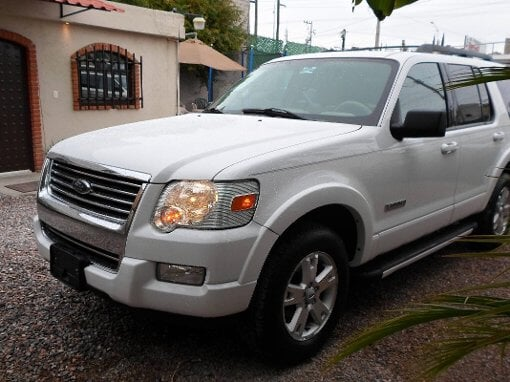Foto Ford Explorer XLT 6CILINDROS