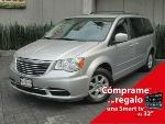 Foto Chrysler Town & Country LX 2012 en Naucalpan,...