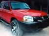 Foto Nissan Pick Up Roja