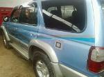 Foto Venta furgoneta 4x4 toyota hilux surf 96 en lima