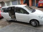 Foto Toyota Raum Hatchback 2003