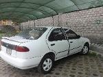 Foto Nissan sedan motor 1300cc. Uso personal