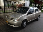 Foto Toyota yaris 2002