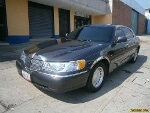 Foto Lincoln Town Car 2001 en Valera. Trujillo