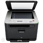 Foto Impressora laser multifuncional colorida a tonner