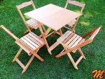 Foto Jogo de mesa dobravel com 4 cadeiras